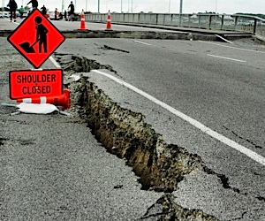 earthquakedamagesmall