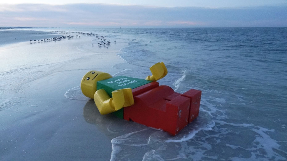 Giant Lego Man washes ashore in Florida / Boing Boing