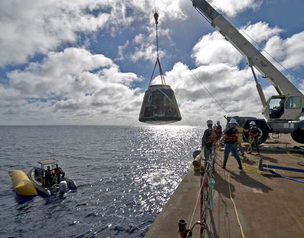 SpaceX Dragon scheduled to return to Earth Thu. May 31, 11 ...