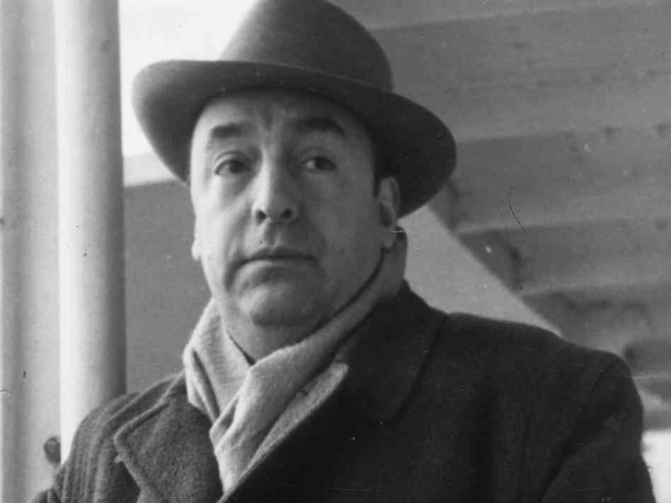 Remains of poet pablo neruda exhumed to determine if he for Jardines de invierno pablo neruda