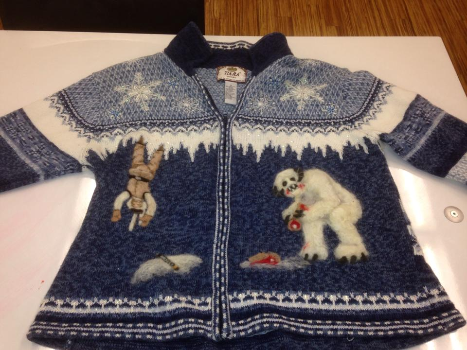 Ugly Christmas Jumper Knitting Pattern : Star Wars Christmas sweater / Boing Boing