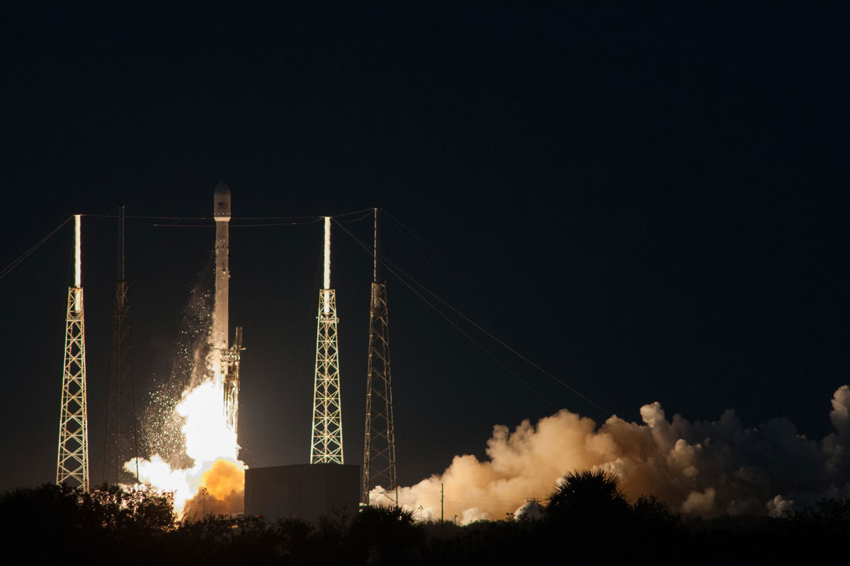 Falcon-9-and-SES-8-liftoff-from-SpaceX's-launch-pad-at ...