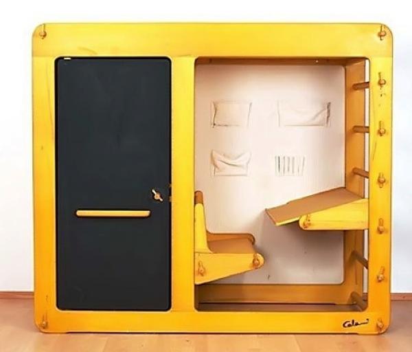 Space age design loft bed/desk for kids (1975) / Boing Boing