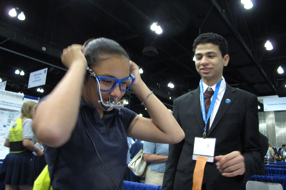 Egyptian teen science whiz defects to US after science fair