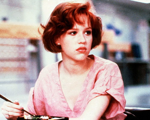 Molly Ringwald And Her 10 Year Old Watch The Breakfast