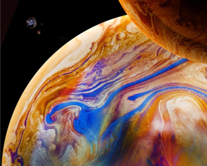 Soap Bubble Planets By Santiago Betancur Z Boing
