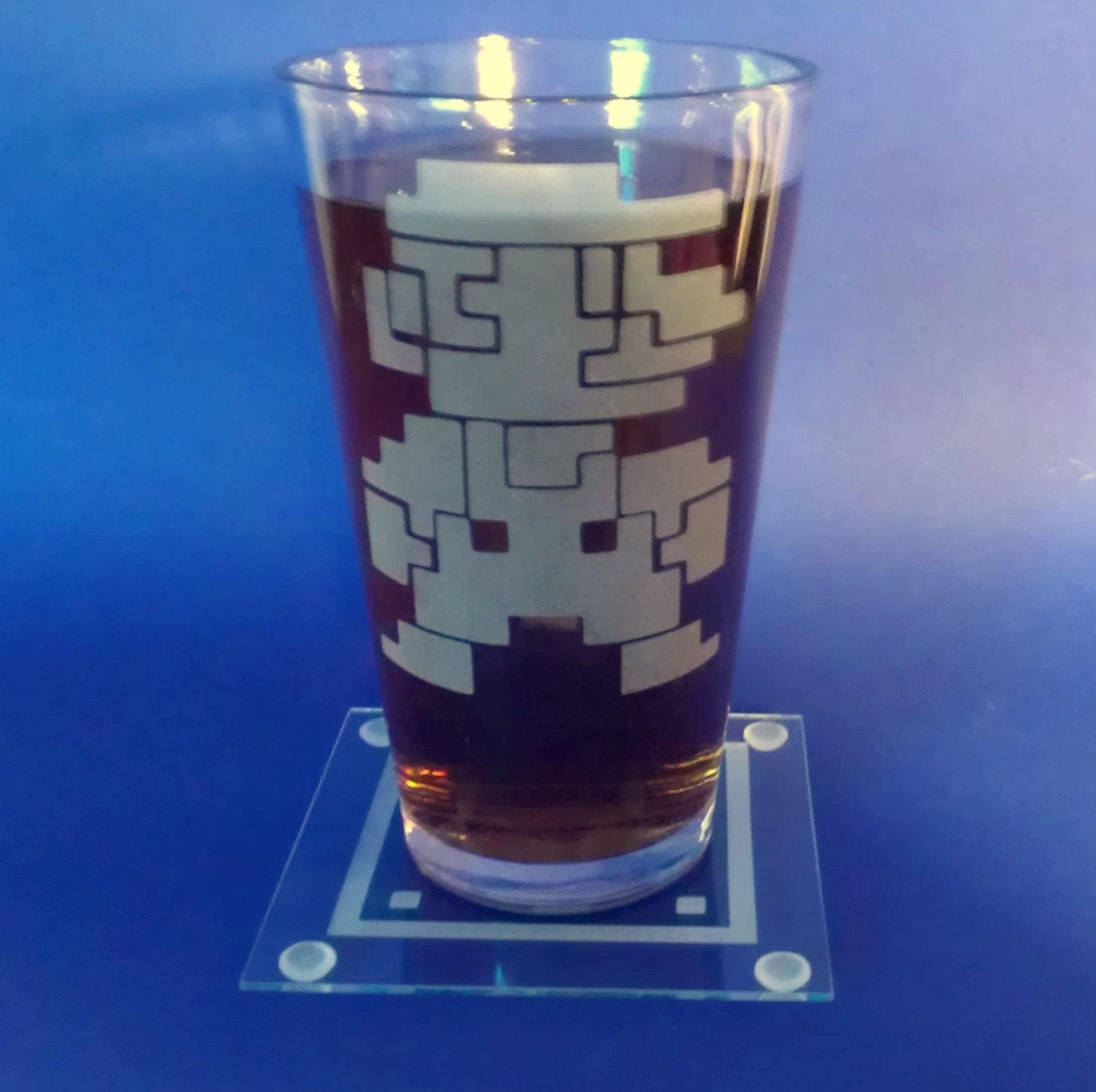 8-Bit Mariopint-sleeves