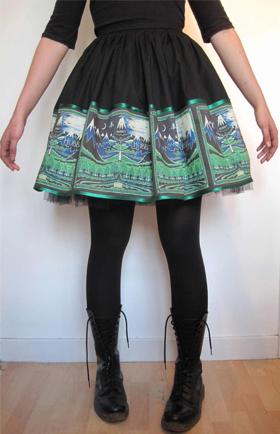 Nerdy shirts, skirts and dresses from Frockasaurus