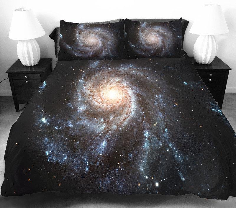 Astronomicalbedclothes