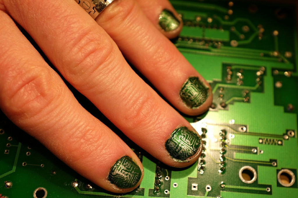 Extremely nerdy motherboard manicure you can do yourself / Boing Boing