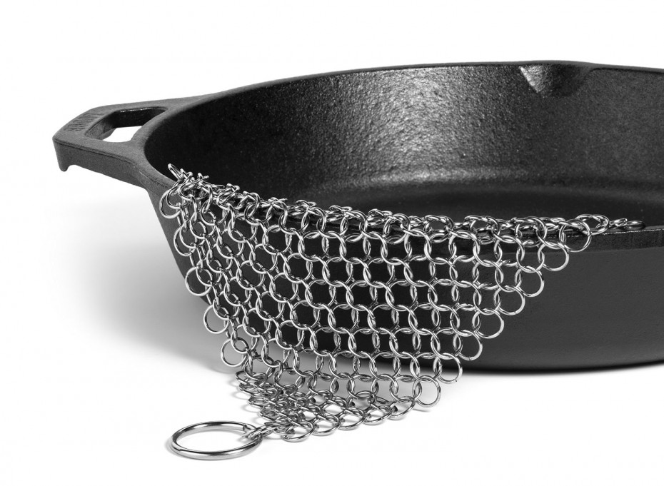 Chain mail scrubber for cast iron pots andpans
