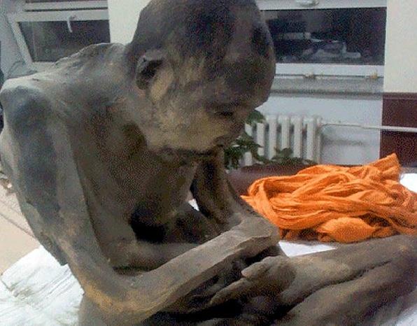 Mummified monk not dead, just trancing