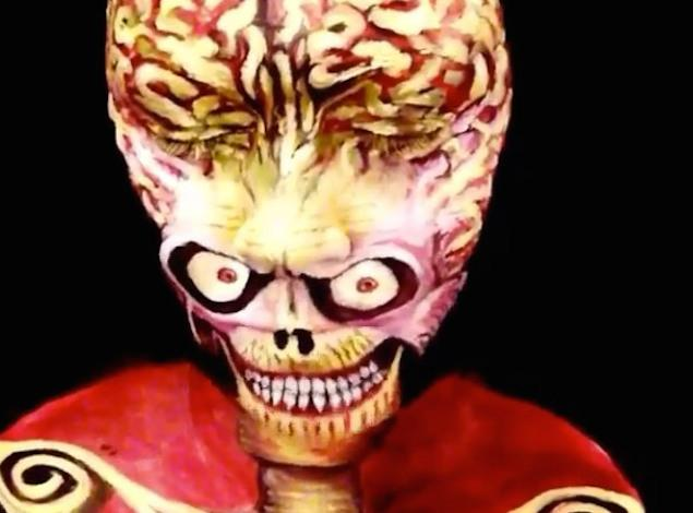 mars-attacks-cosplay5