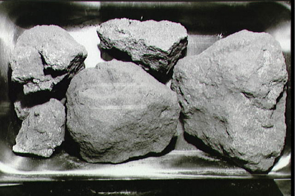 Interview with the guy who stole moon rocks from NASA so he could have sex with his girlfriend on them