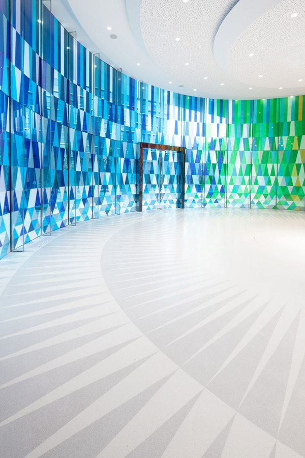 Rainbow-Chapel-COORDINATION-ASIA-10-600x900