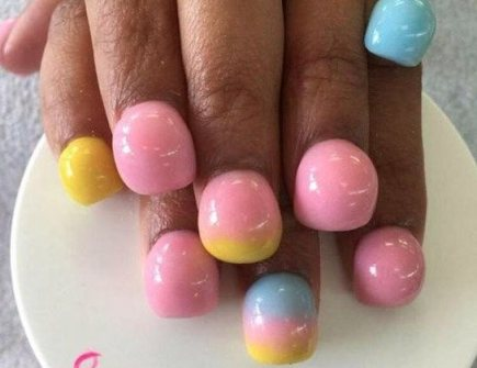 bubble nails look like marbles attached to finger tips
