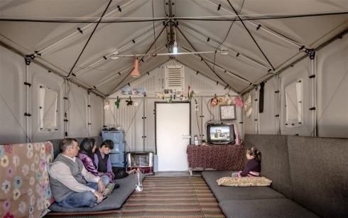 UN places order for 1,000 next-generation flat-pack refugee shelters