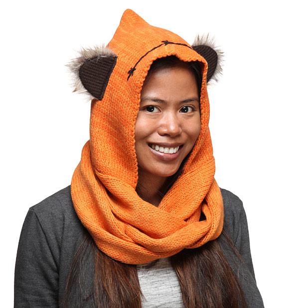 ionp_sw_ewok_knit_hooded_scarf