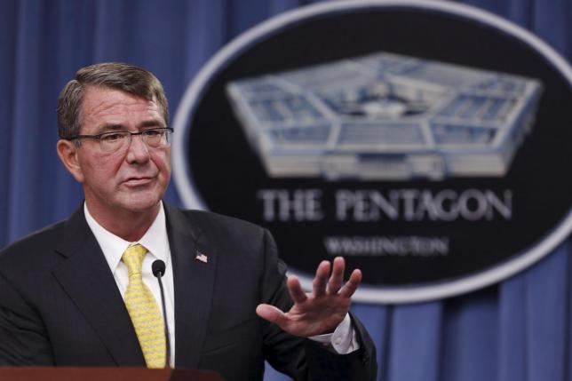 U.S. Defense Secretary Ash Carter holds a news conference at the Pentagon.  REUTERS