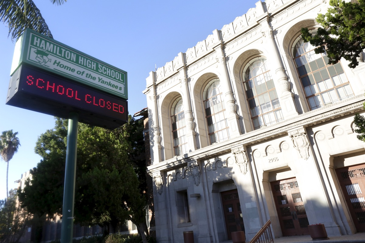 All Los Angeles Schools Closed Over U0027credible Threatu0027 Of Terror Attack  (Update: Hoax)