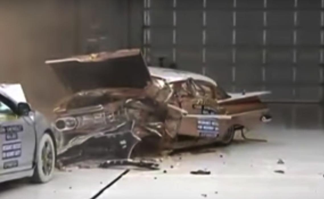 Watch a modern car utterly crush a huge 1959 Chevy / Boing Boing