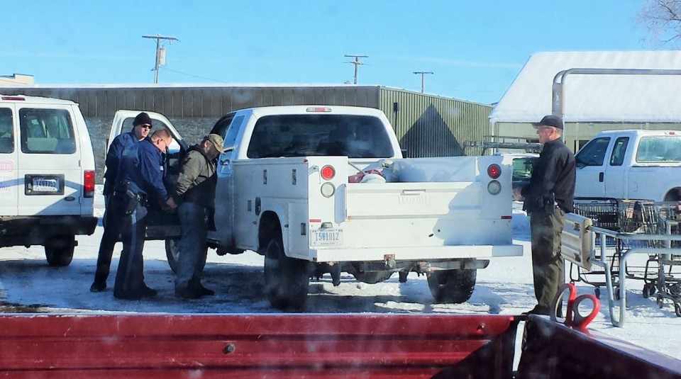 Oregon militiaman arrested after stealing wildlife reserve vehicle to go shopping / Boing Boing