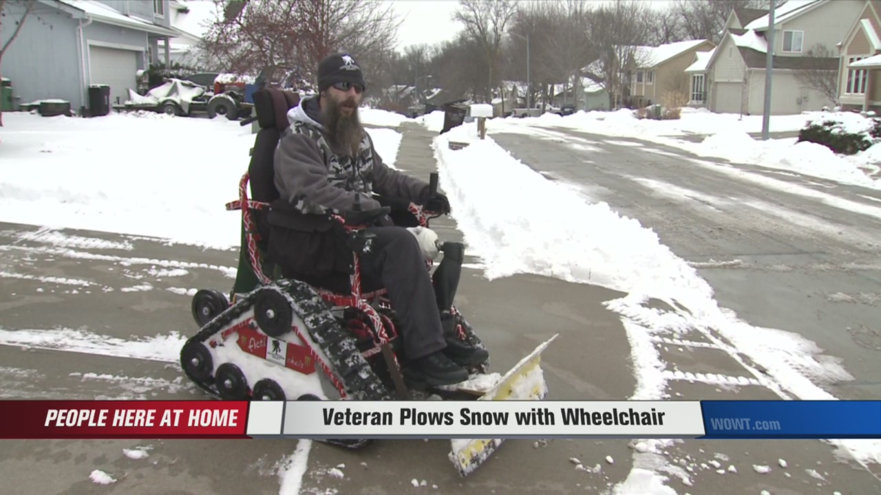veteran-wheelchair-snowplow