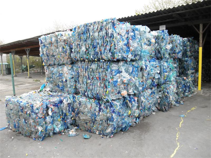 Bales_of_PET_bottles_3