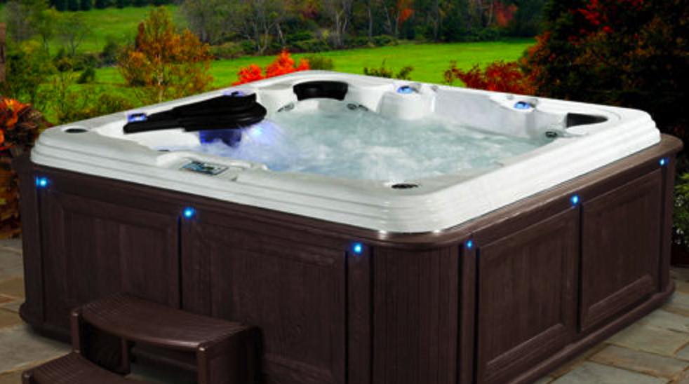 hot tub expert explains why you shouldn 39 t buy one from a. Black Bedroom Furniture Sets. Home Design Ideas