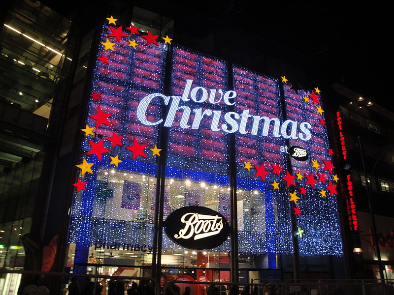 800px-Oxford_Street_Boots_store_Christmas_decorations_2011