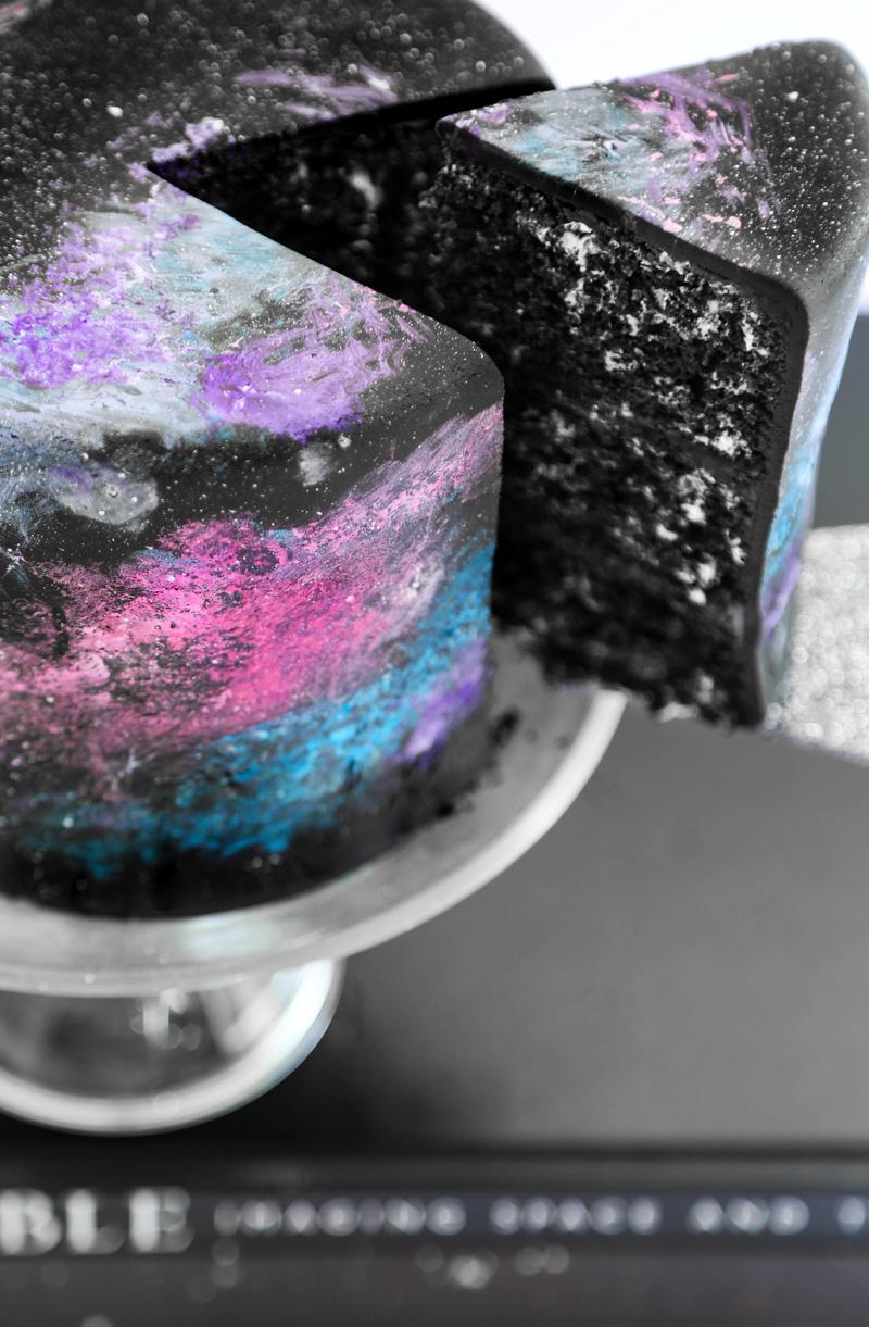 Black Velvet Galaxy Cake 2 (1)