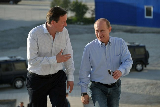 David_Cameron_and_Vladimir_Putin_10_May_2013