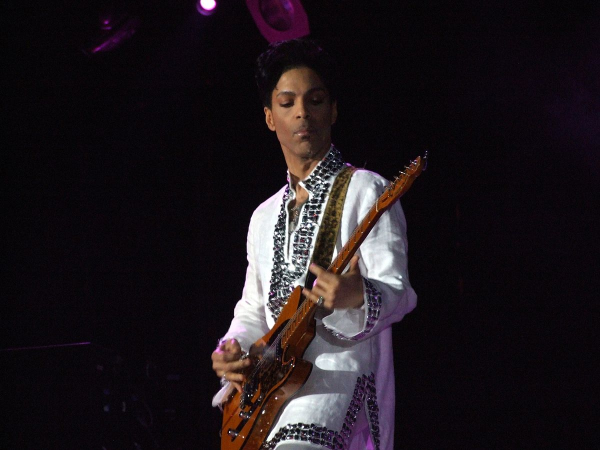 1200px-Prince_at_Coachella