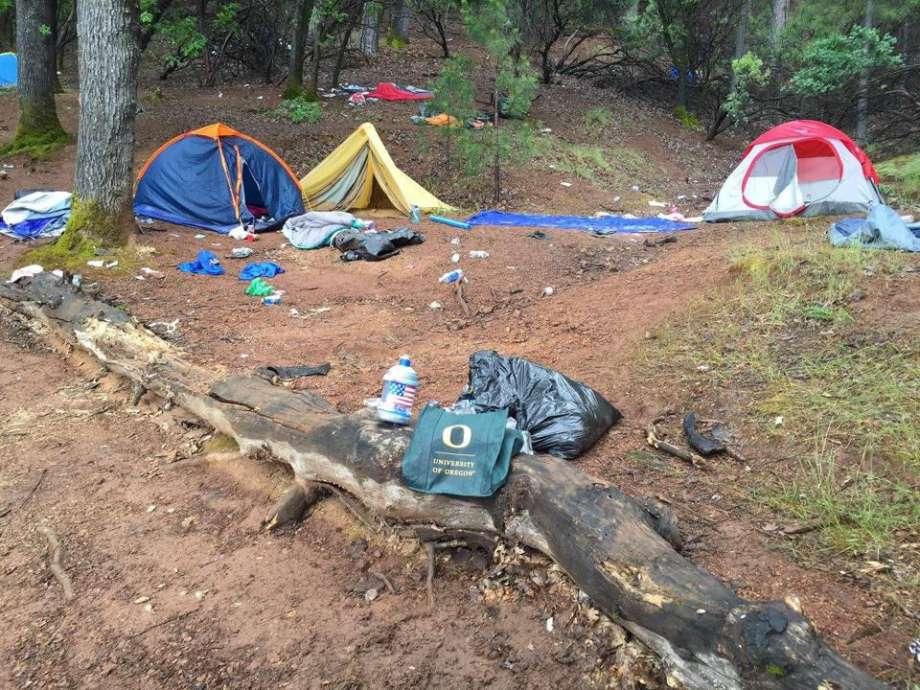 California lake trashed, University of Oregon students suspected