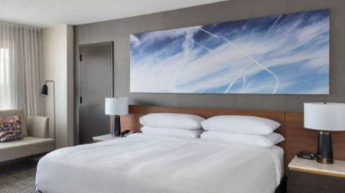 Chemtrail activists want Marriott hotels to remove wall art