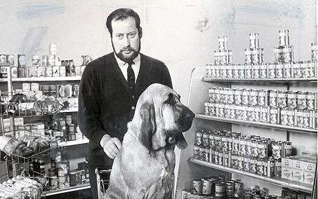 clement  FREUD and bloodhound