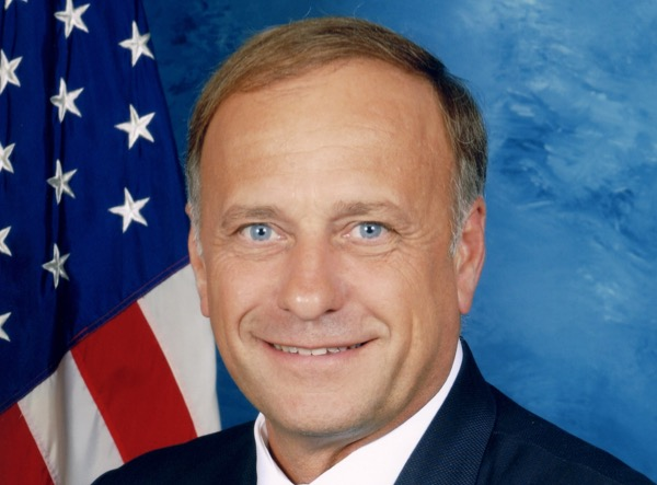 Steve_King,_official_Congressional_photo_portrait