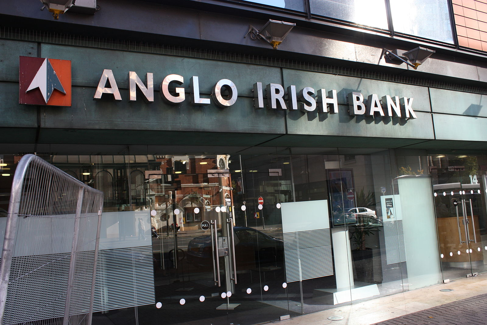 Anglo_Irish_Bank,_Belfast,_October_2010