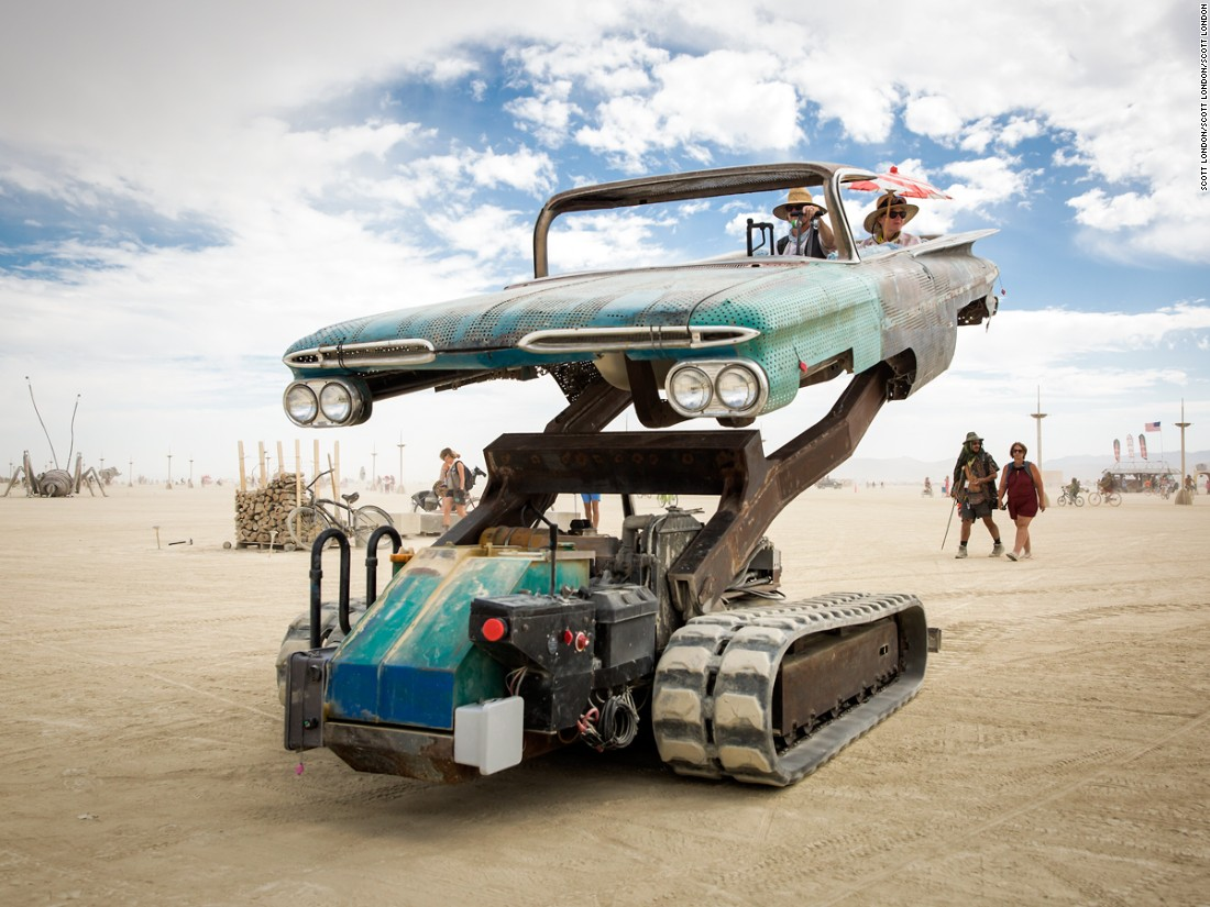 The Mutant Vehicles of Burning Man / Boing Boing