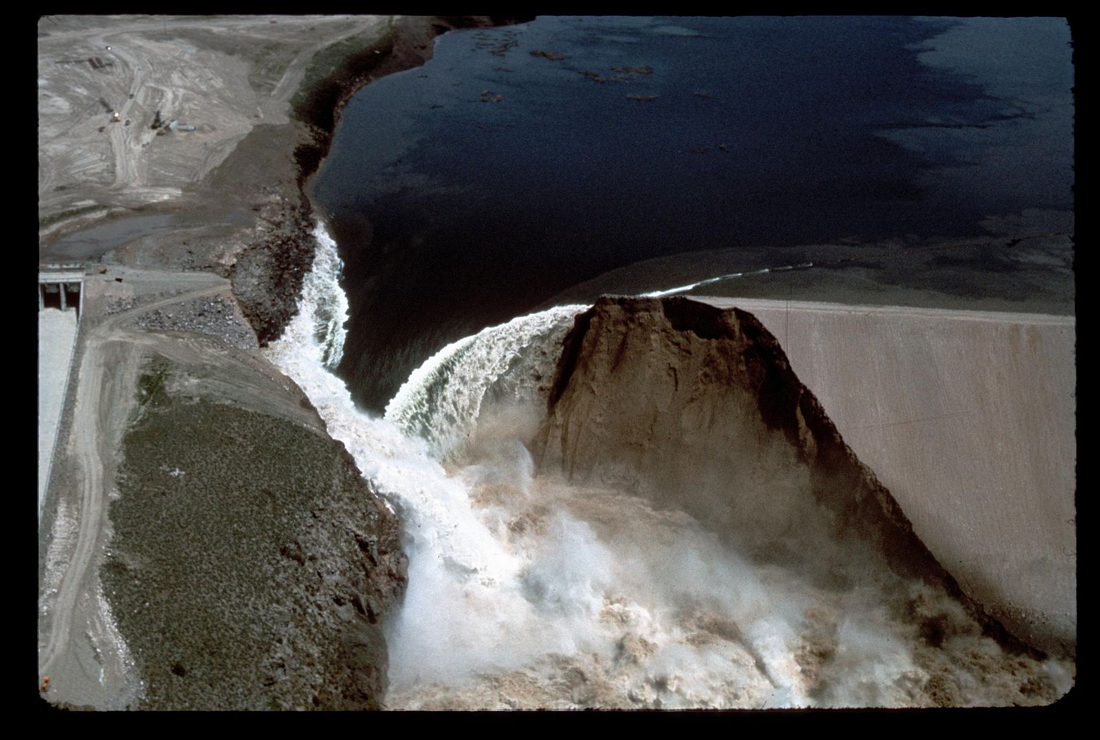 idaho-l-0010_teton_dam_flood