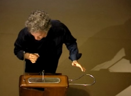 Somewhere Over the Rainbow played on a 1929 Theremin