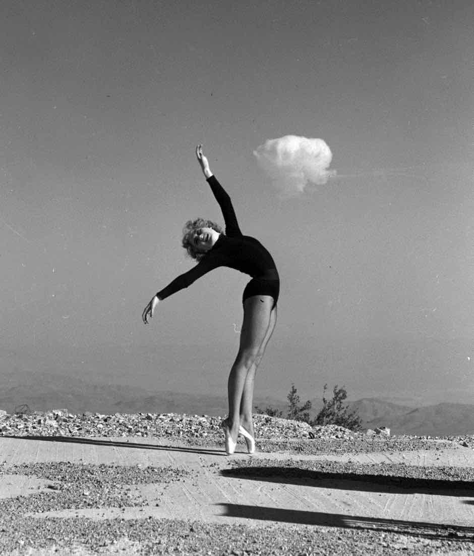 atomic-bomb-las-vegas-42