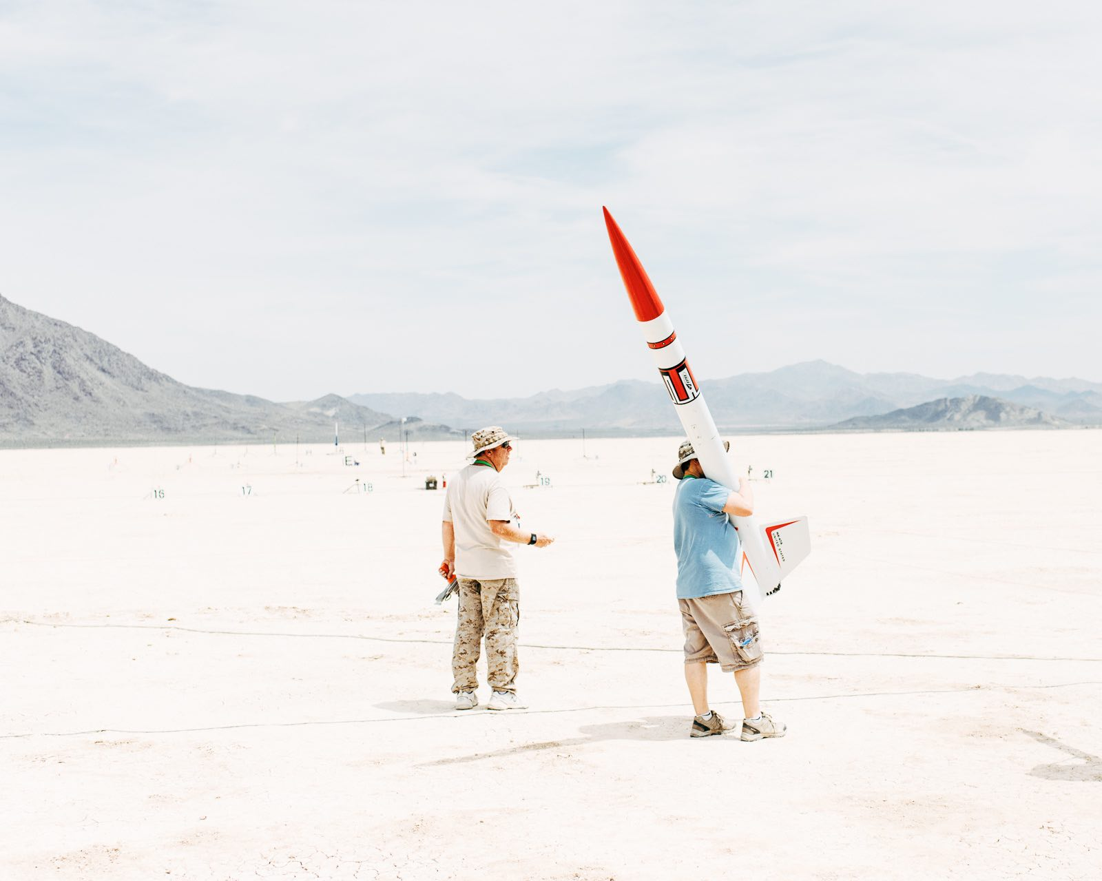 Spectacular photos of the nutty high-powered model rocket