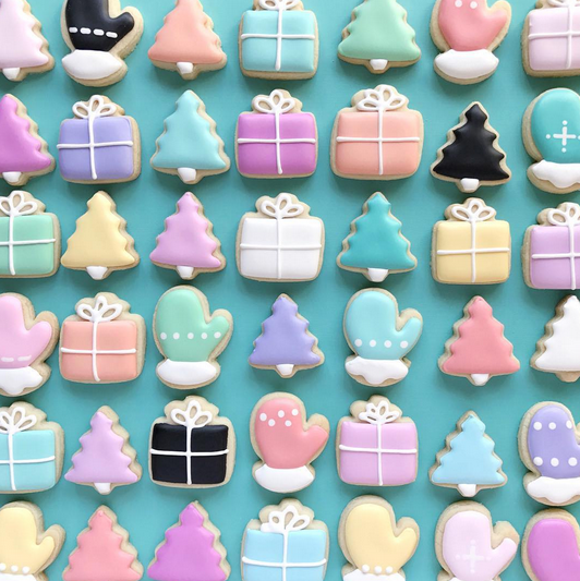 Graphic designer creates impeccably decorated sugar cookies