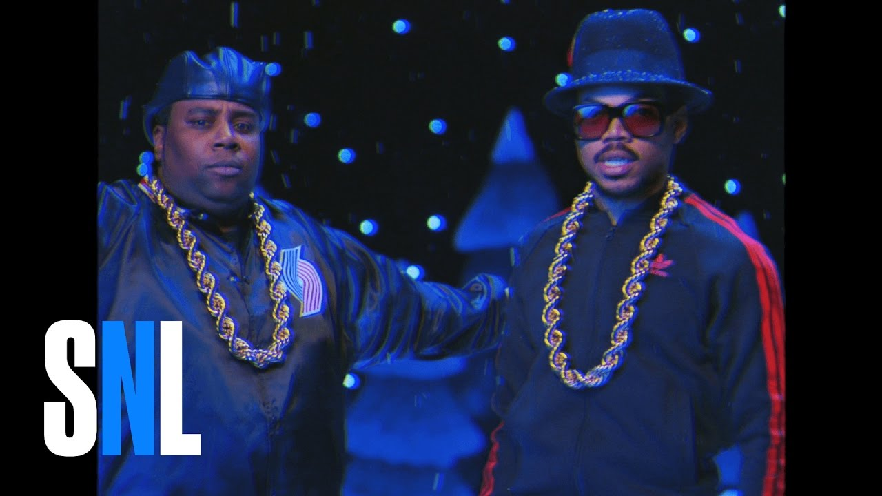 Chance the Rapper helps SNL celebrate Obama\'s last Christmas / Boing ...