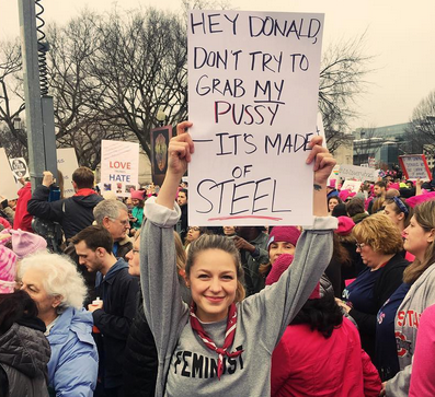 Supergirl actress Melissa Benoist brought the best sign to Saturday's Women's March