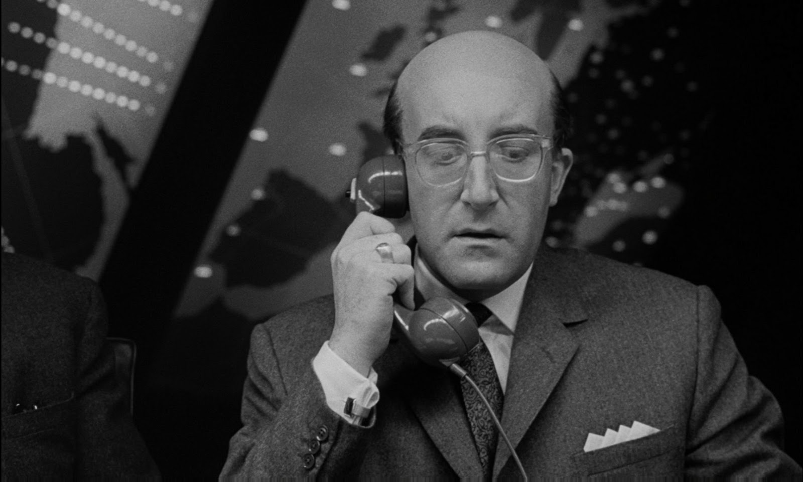 donald trump boing boing that dr strangelove scene where the u s president phones russia about an imminent air strike