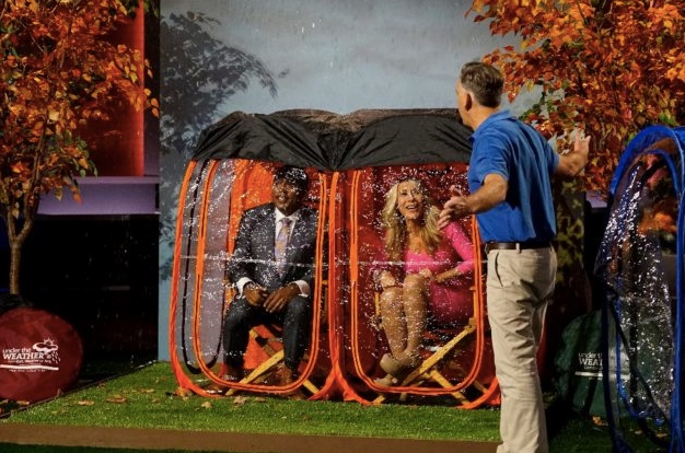 sports shoes 95294 fcaab Shark Tank tonight: Ingenious pop-up shelter invented by ...