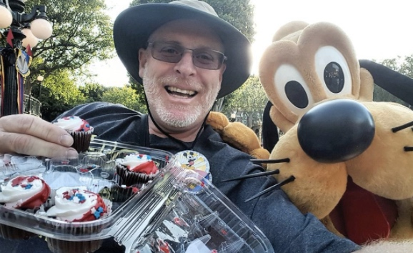 This man has visited Disneyland 2,000 days in a row