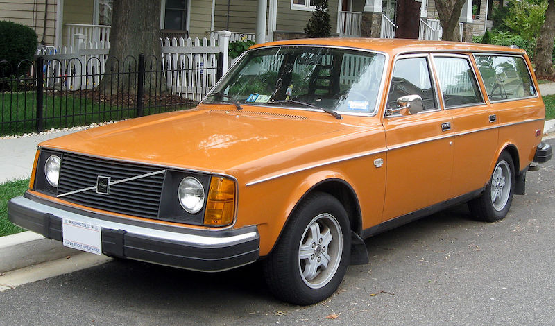 Volvo The Tank Like Swedish Station Wagon Of Yesteryear Is Giving Up On Gasoline By 2019 All New Automobiles Will Be Ed Electricity